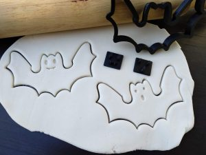 Bat - Halloween Cookie Fondant Embosser Stamp and Cutter