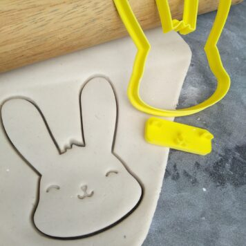 Chubby Bunny Face Set Cookie Cutter and Fondant Embosser – Easter