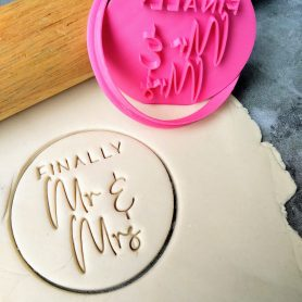 Finally Mr & Mrs - Wedding - Cookie Cutter and Fondant Stamp Embosser