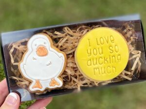 """Duck Cookie Cutter & Fondant Embosser Stamp """"I love you so Ducking Much"""" Valentines Day"""