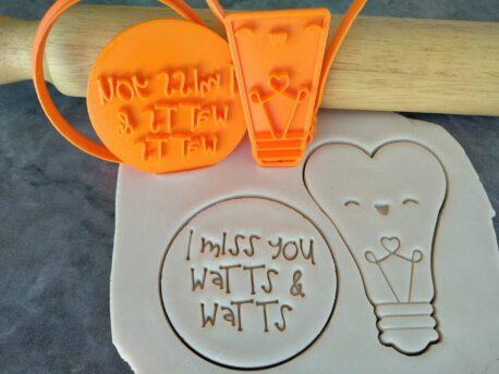 I miss you Watts & Watts / Cute Heart Lightbulb Cookie Fondant Embosser Stamp and Cutter