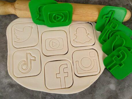 Social Media Icons Pack Fondant Embosser Stamp and Cutter, Twitter, Youtube, Snapchat, Tiktok, Facebook and Instagram