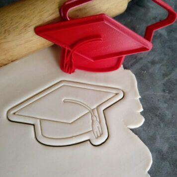 Graduation Hat / Graduation Cap Fondant Imprint Embosser Stamp and Cutter