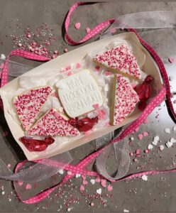 Mum, I loaf you fairy much Cookie Cutter and Fondant Imprint Embosser Set for Mothers Day Mum Pun