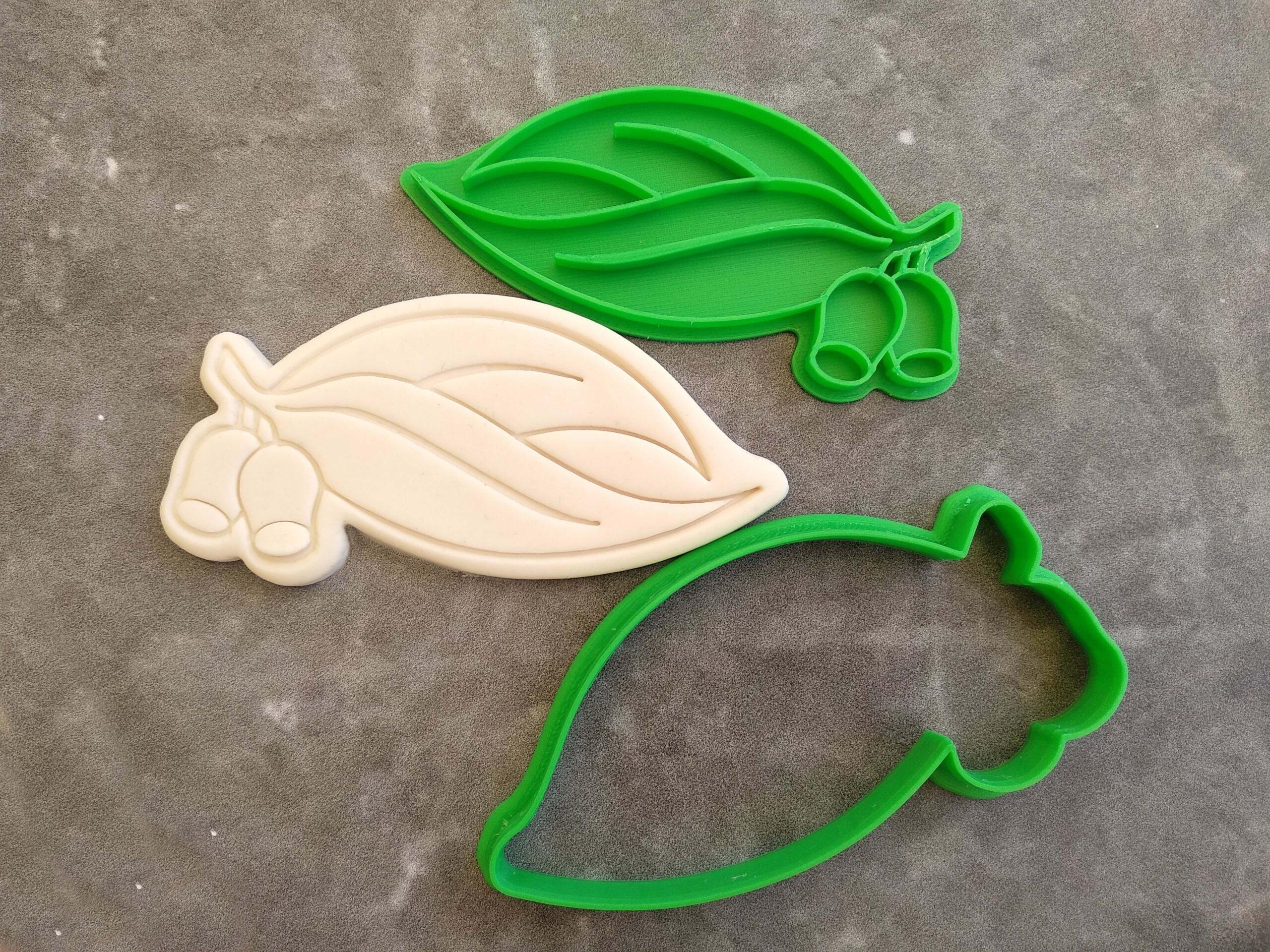 Gum Leaf and Gum Nut Cookie Cutter and Fondant Embosser Imprint Stamp Australian Honkey Nut Eucalyptus Leaf