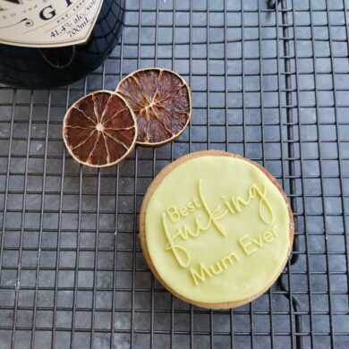 Best FN Mum Ever Fondant Cookie Stamp with Raised Detail