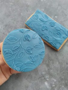 Leaf Pattern Fondant Cookie Stamp with Raised Detail